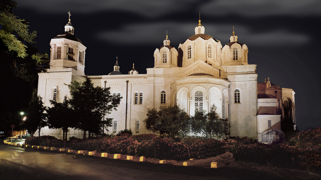 תאורת הצפה ומבנים LED לד ש.מ. יוניברס Russian Church Lighting - S.M.Universe